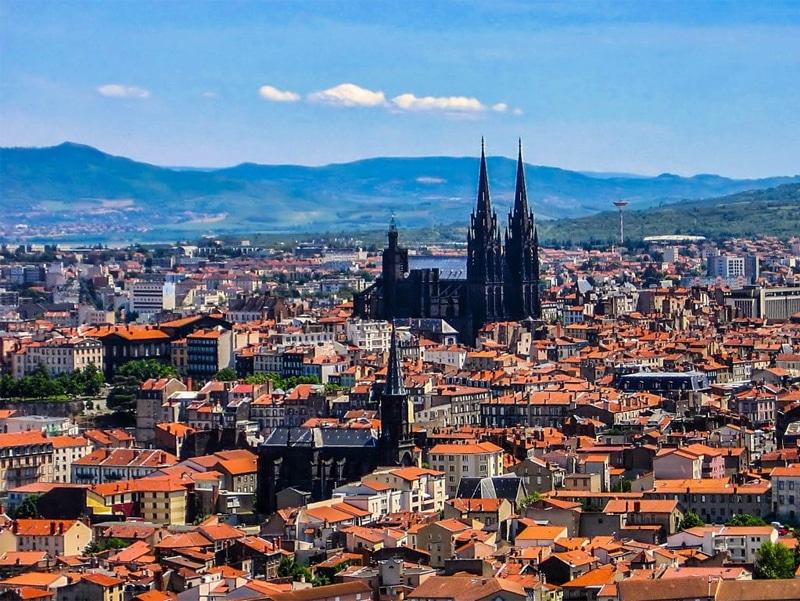 Fibre Pro Clermont-Ferrand - Forfaits fibre pour les entreprises